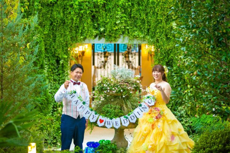 カラードレスで真似したいポーズ集!